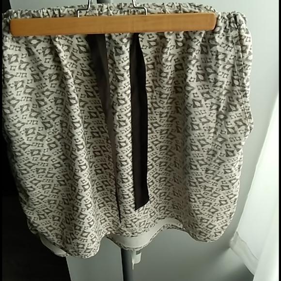 """Club Monaco Dresses & Skirts - Club Monaco 💯% Silk """"Sporty"""" Skirt"""